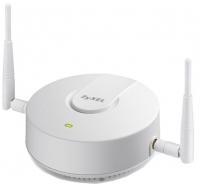 Точка доступа Zyxel NWA5121-N Wi-Fi 802.11b/g/n, работающая в автономном режиме или под управлением контроллера